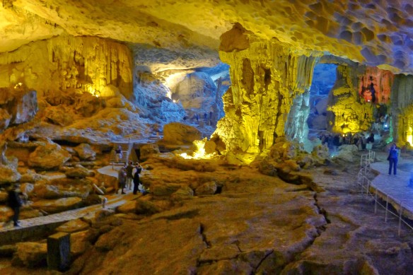 Speaking of very large caves: a few years ago the largest cave in the world was discovered - guess where? In central Vietnam; As much as we would have loved to see it, that particular cave is open only to visitors who are willing to shell out $3000 - on our shoe-string budget, Surprise cave it was!