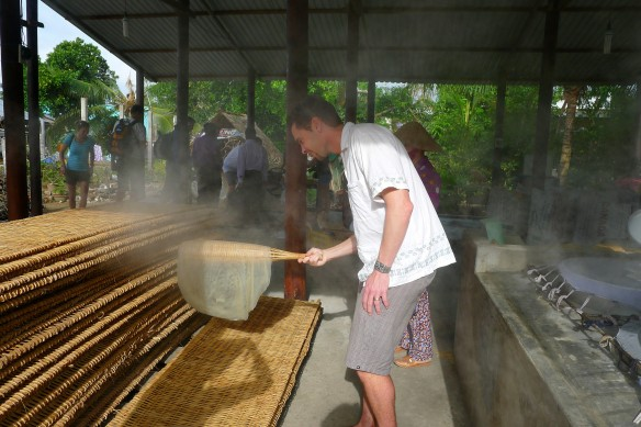 Stop two: rice noodle factory. This here is a display of rice noodle-making prowess: the man is a natural