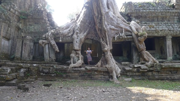 The Onion headline woudl read: Romanian Apsara wannabe caught in weird pose at Khmer temple